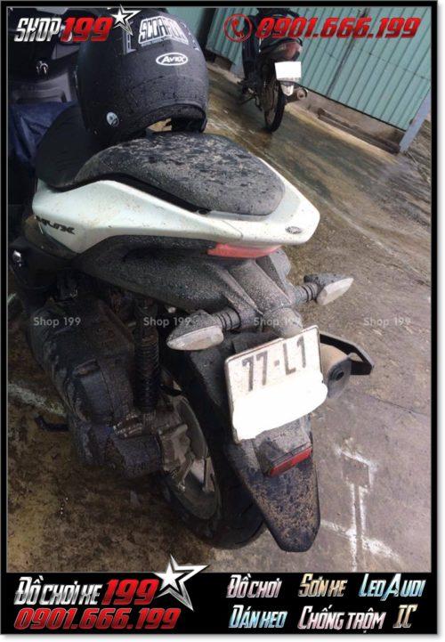 Yamaha NVX 155cc văng bùn sau chuyến đi đường dài 100 km