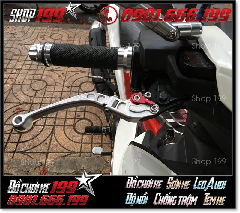 Tay thắng CRG RC2 6 số gãy màu bạc sang trọng gắn cho nhiều dòng xe máy