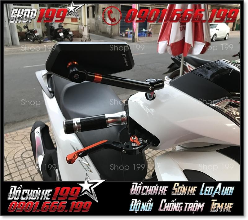 Kính Rizoma Iphone xéo cùng với  bao tay rizoma, tay thắng biker độ cực ngầu và đẹp cho xe honda SH 150i 125i