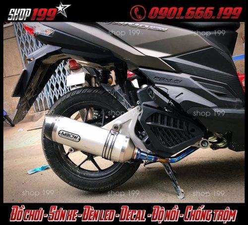 Hình ảnh Honda Vario 150 màu đen độ pô Arrow màu trắng cực đẹp sang, và chất tại HCM
