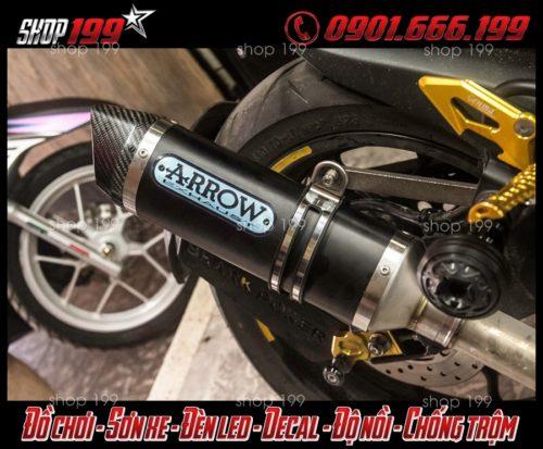 Hình ảnh pô Arrow màu đen độ đẹp và ngầu cho Yamaha TFX 150i tại HCM