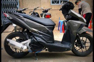 Hình ảnh Xe Honda Vario 150 màu đen xám độ pô Arrow màu bạc cực đẳng cấp tại HCM