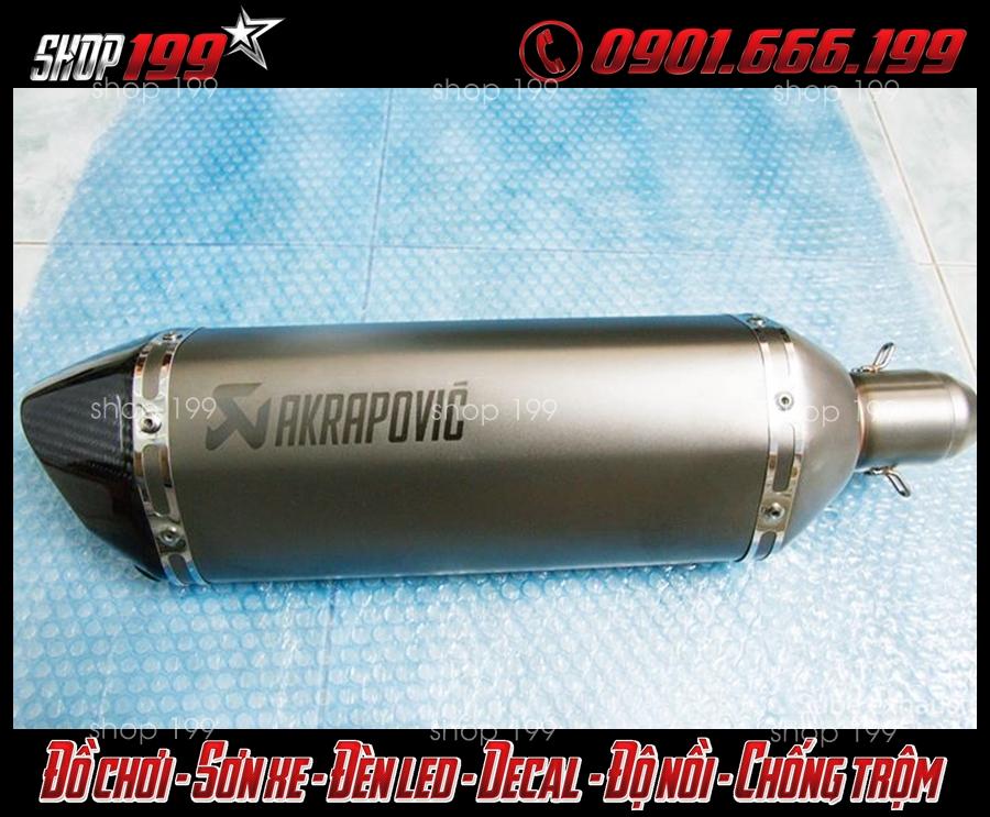Pô Akrapovic màu bạc sang trọng độ cho Yamaha Fz 150i