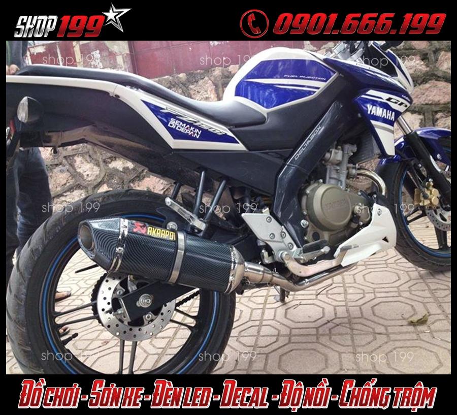 Pô Akrapovic màu carbon độ đẹp cho Yamaha Fz 150i màu xanh trắng
