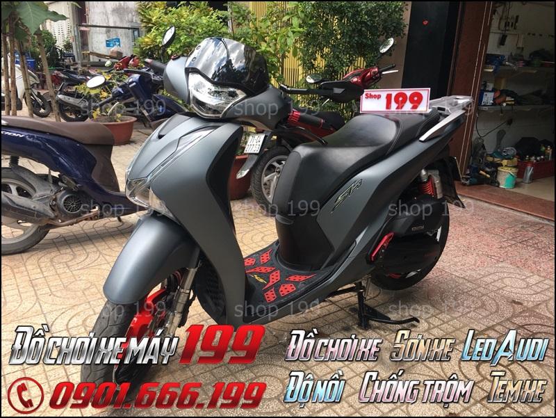 Hình ảnh xe SH 2013 sau khi lên đời thành Sh 2018 2017 tại cửa hàng đồ chơi xe máy 199 - TPHCM
