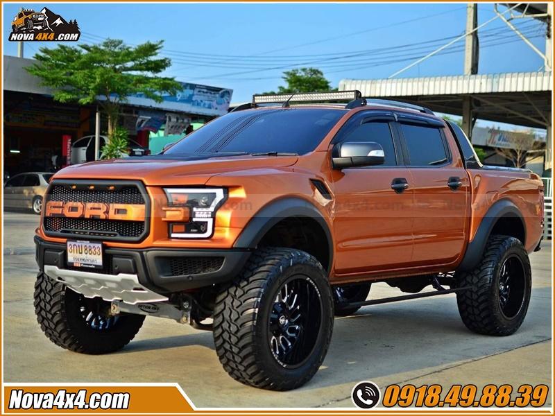 Tư vấn mua bậc lên xuống cho xe bán tải BT50 Navara Hilux Colorado Ford Ranger Triton Dmax ở tp HCM